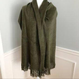 🆕 Olive Green Large Soft Fuzzy Tassel Scarf